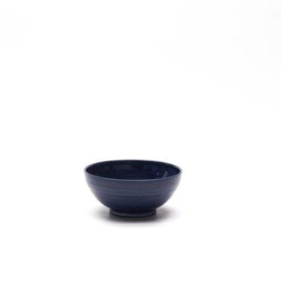 Schüssel mit blauer Glasur