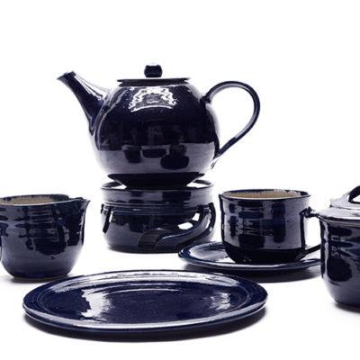 Kaffee Ensemble mit blauer Glasur