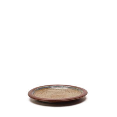 Teller mit Salzbrand-Glasur