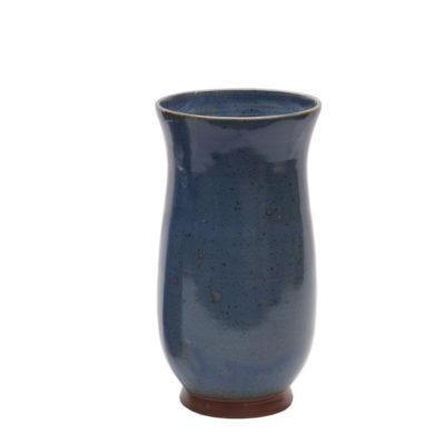 Vase mit hellblauer Glasur