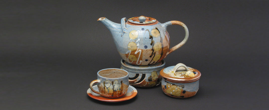 Teeservice aus der bunten Serie